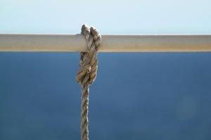 Auch ein Seil kann Pflanzen stützen