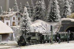 Die Gartenbahn kann auch im Winter in Betrieb genommen werden