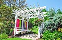 weinlaube bauen tipps f r aufbau und pflege. Black Bedroom Furniture Sets. Home Design Ideas