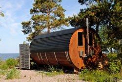 Eine Sauna kann auch im Garten ihren Platz finden