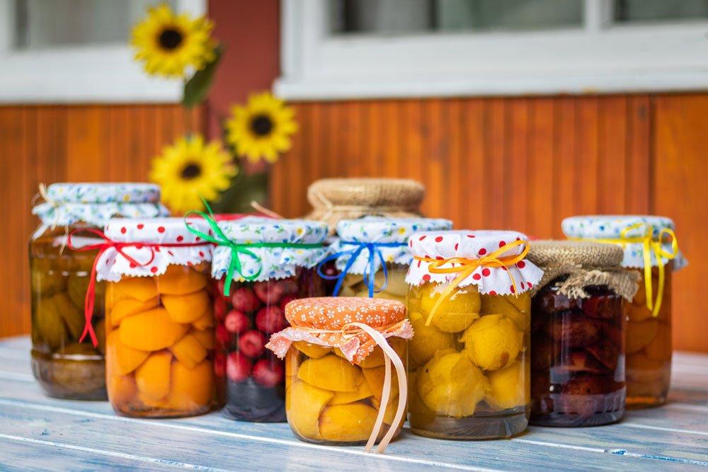Obst einkochen zum Konservieren