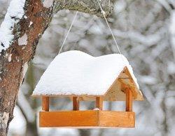 vogelfutterhaus selber bauen schritt f r schritt anleitung. Black Bedroom Furniture Sets. Home Design Ideas