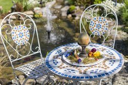 Mosaik gartentisch selber machen schritt f r schritt - Gartentisch selber bauen kreativ ...
