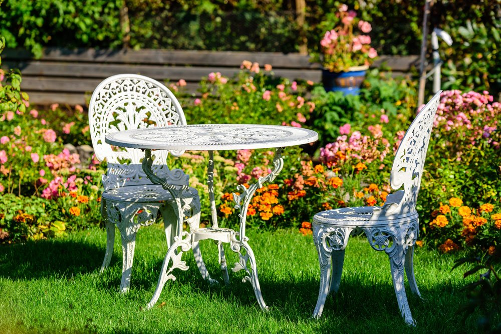 Gartenmöbel winterfest machen: Metall