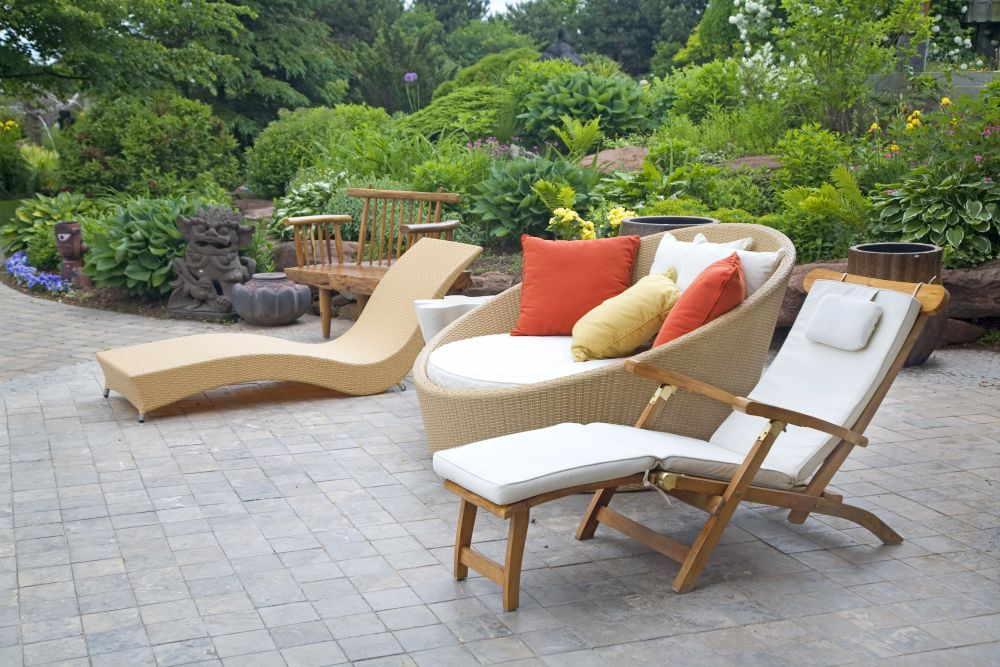 Relax-Gartenmöbel im Wellness-Garten