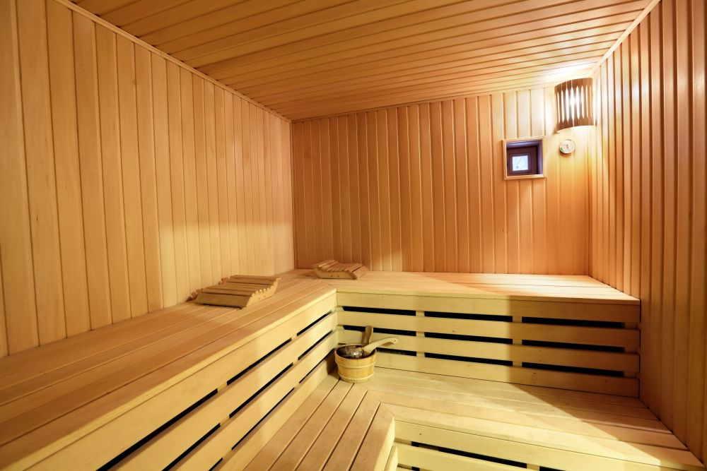 Sauna im Wellness-Garten
