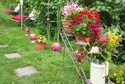 Schöne Anblicke zaubern Gartenaccessoires