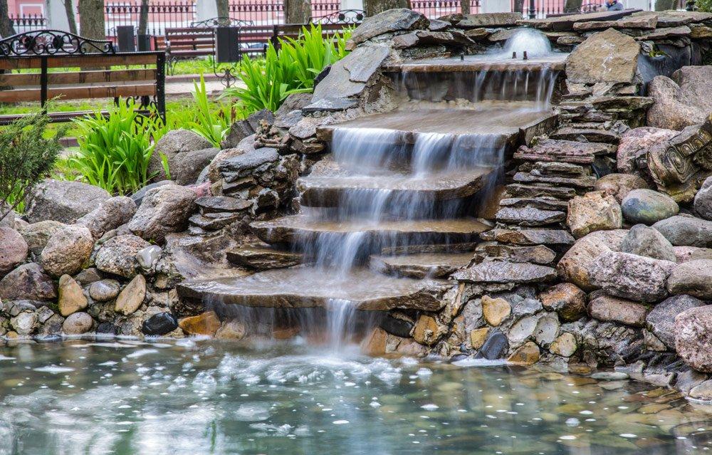 Wassertreppe im Garten anlegen