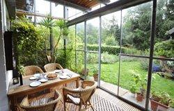 Sichtschutz für den Wintergarten - 5 Ideen schützen vor neugierigen Blicken