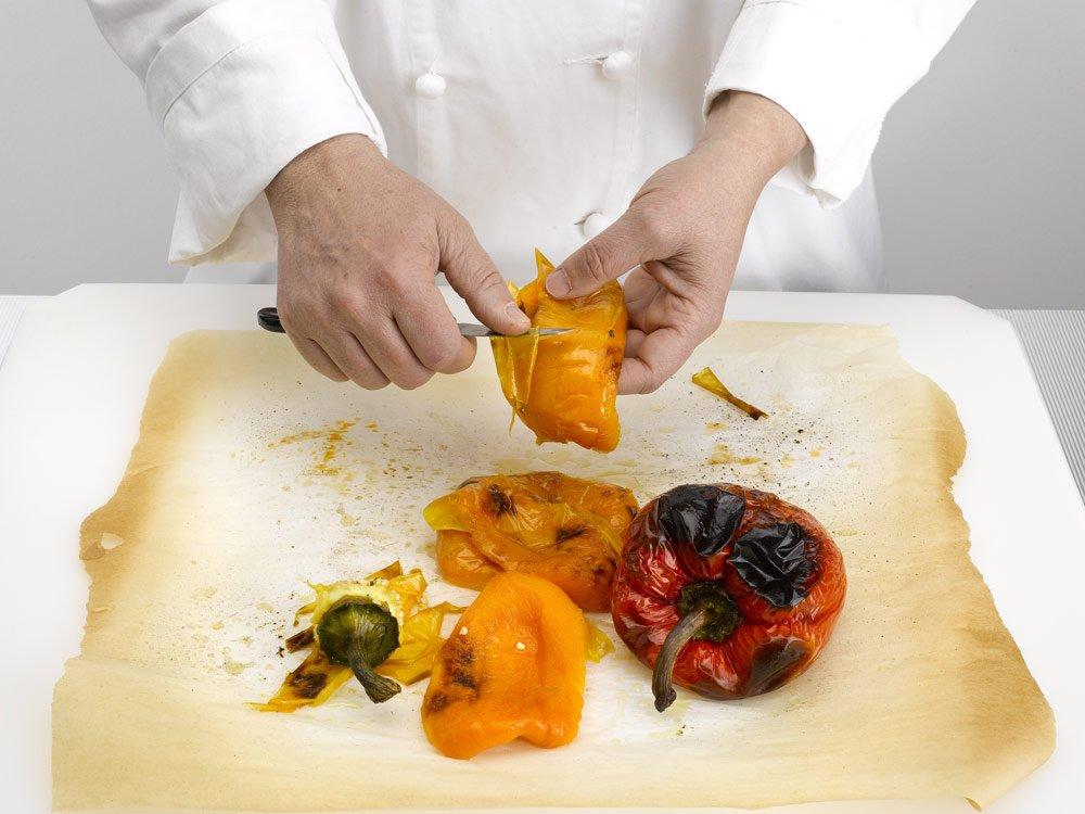 Paprika häuten – 4 einfache Möglichkeiten vorgestellt