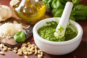 Avocado-Pesto schmeckt einfach klasse