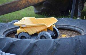 Sandkasten Traktorreifen