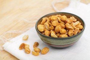 Erdnüsse selber rösten ist ganz einfach