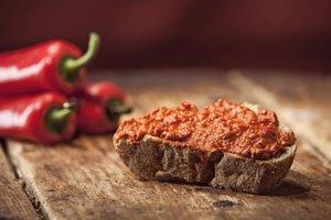 Aromatisch und schnell gemacht: Paprika-Brotaufstrich