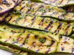 Zucchini grilen - 2 köstliche Zubereitungsideen