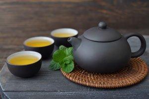 Litschi-Tee schmeckt sowohl warm wie auch kalt