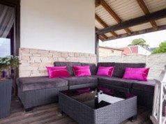 terrasse reinigen fast ohne chemie gr nbelag co nat rlich entfernen. Black Bedroom Furniture Sets. Home Design Ideas