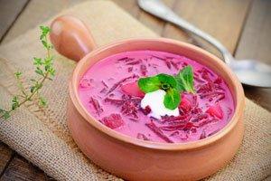 Rote Beete Suppe lässt sich sehr vielfältig zubereiten