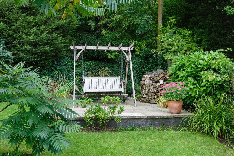 Sitzecke im garten gestalten 19 inspirierende ideen f r jeden geschmack teil 4 - Gartenrand gestalten ...