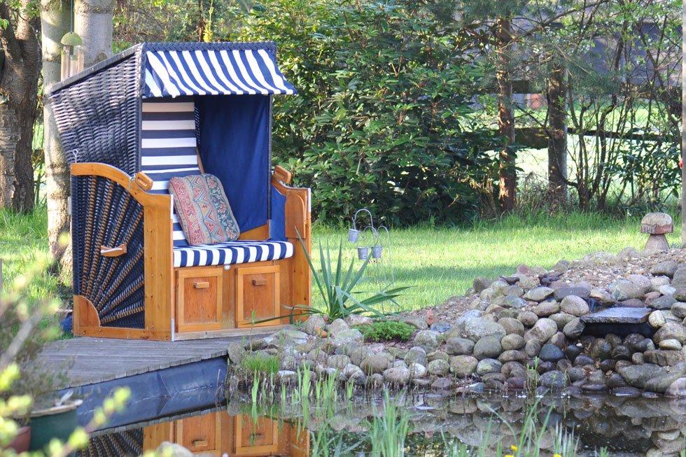 sitzecke im garten gestalten 19 inspirierende ideen f r jeden geschmack teil 7. Black Bedroom Furniture Sets. Home Design Ideas