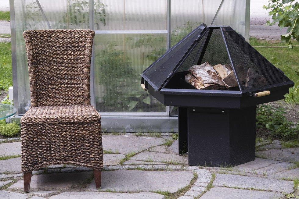 feuerstelle anlegen diese 20 ideen sorgen f r lagerfeuerromantik teil 4. Black Bedroom Furniture Sets. Home Design Ideas