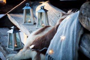 Terrasse winterlich dekorieren - Laternen