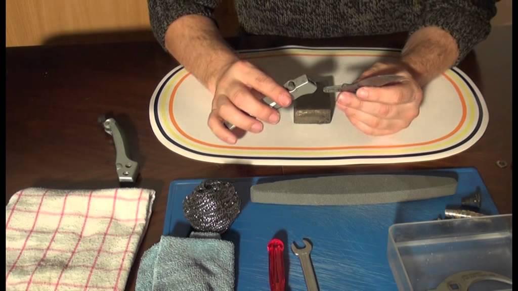video gartenscheren richtig sch rfen so macht das werkzeug wieder einen sauberen schnitt. Black Bedroom Furniture Sets. Home Design Ideas