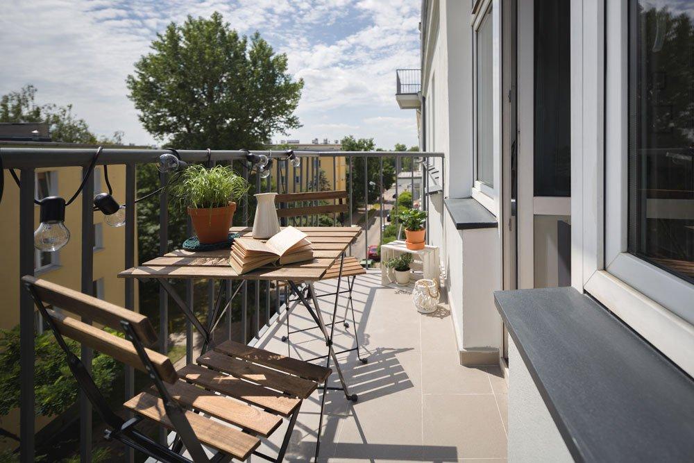 Kleinen Balkon einrichten - 8 platzsparende Ideen