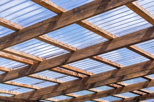 Wellplatten verlegen - Tipps zu Unterkonstruktion, Material und Aufbau