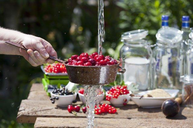 Gartenküche planen Wasser Strom