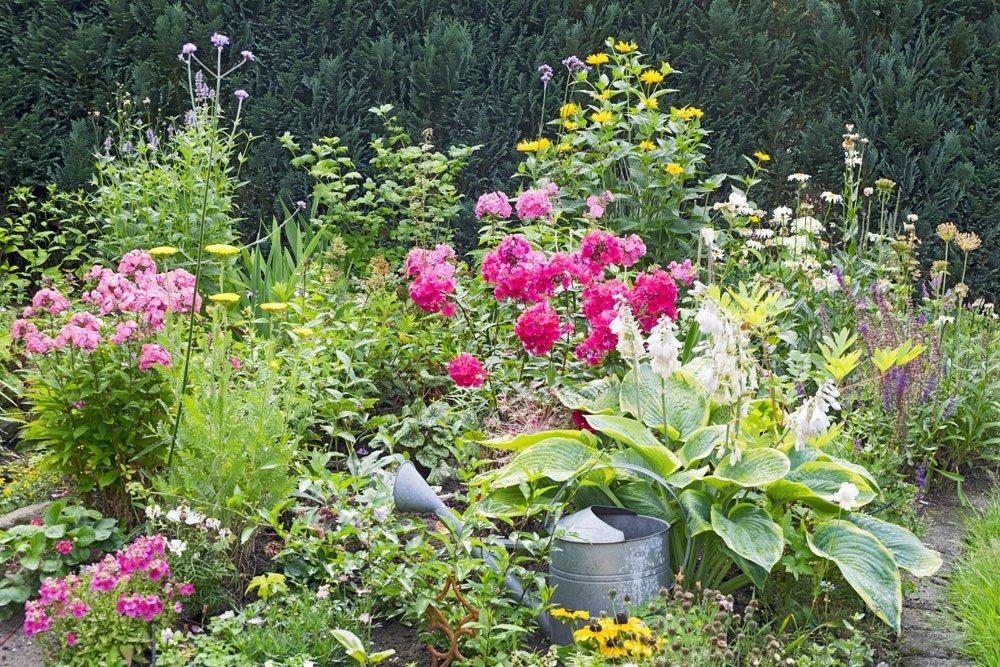 Garten skandinavisch einrichten - Staudenbeet