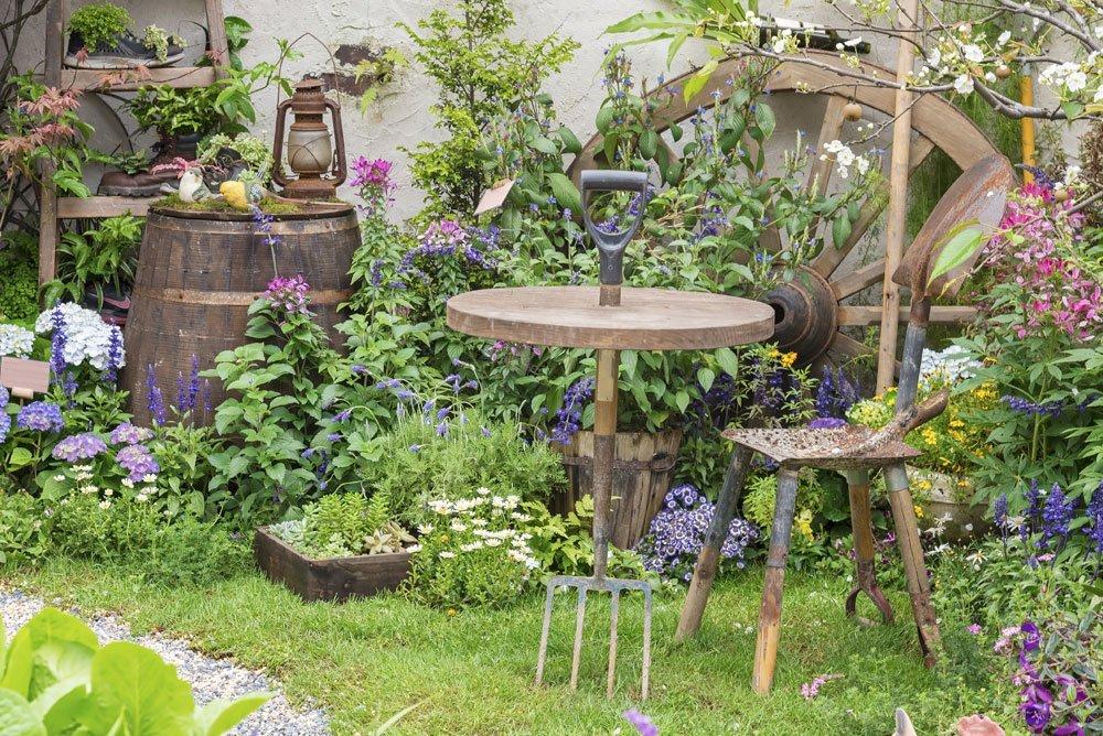 Rustikale gartendeko inspirationen und ideen f r den for Arredare un piccolo giardino