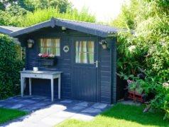 Mehr Stauraum im Gartenhaus schaffen