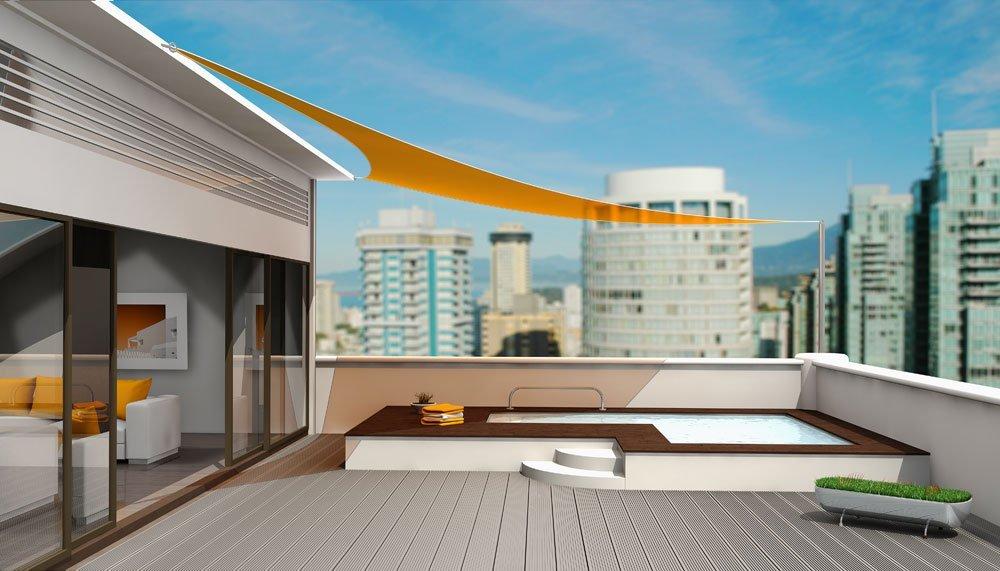 Sonnensegel als Sonnenschutz für Dachterrasse