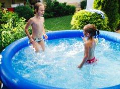 Pool aufstellen im Garten
