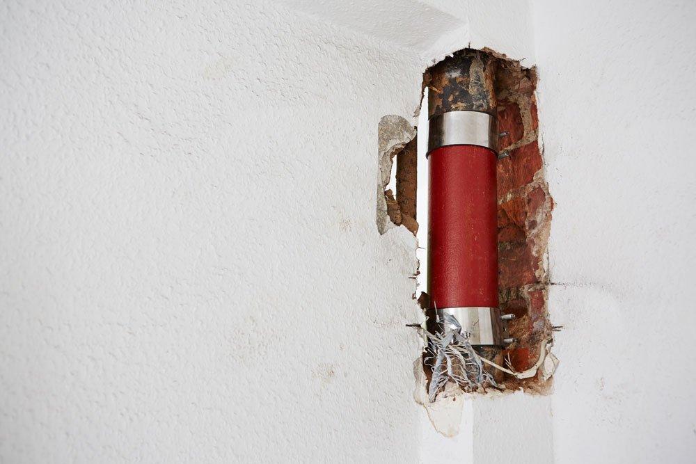 feuchter Keller - defektes Rohr