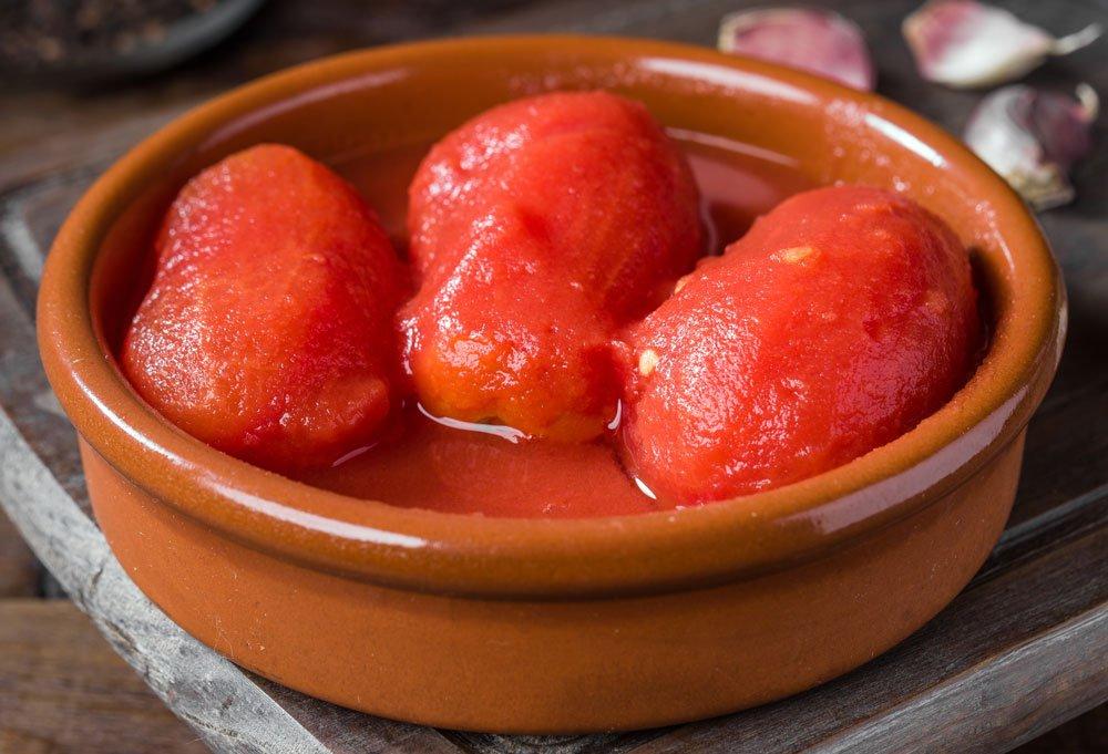 Ganze Tomaten einkochen