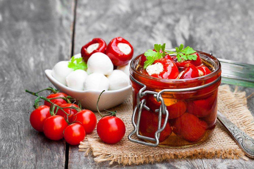 gefüllte Tomaten einlegen