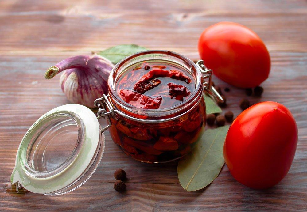 getrocknete Tomaten in Essig