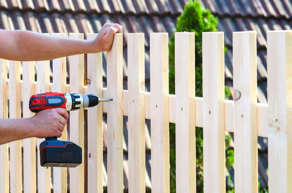 Zaun bauen Latten
