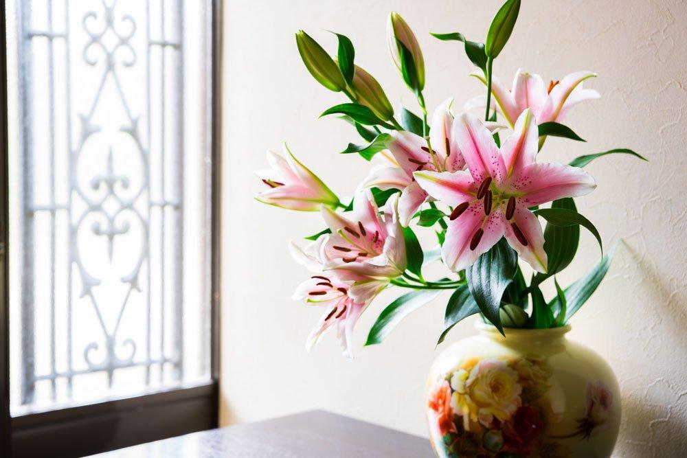 Lilien Vase