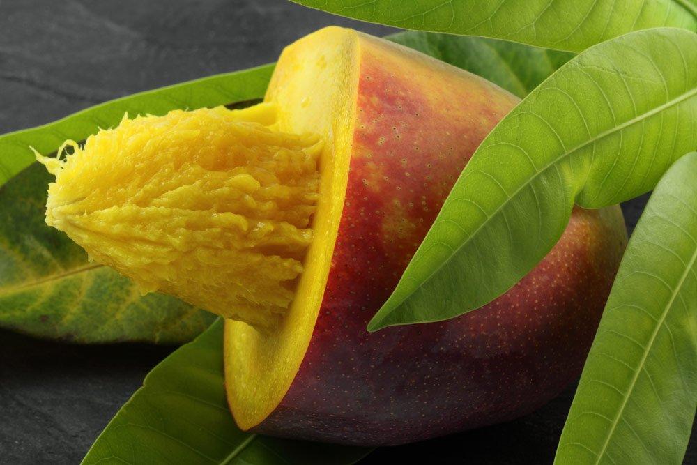 Mango entkernen
